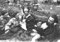 alexander Graham bell ailesi ile birlikte